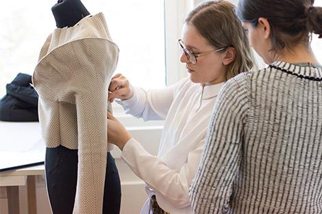 2_Modellschnittentwicklung_Modedesignschule_Manuel_Fritz