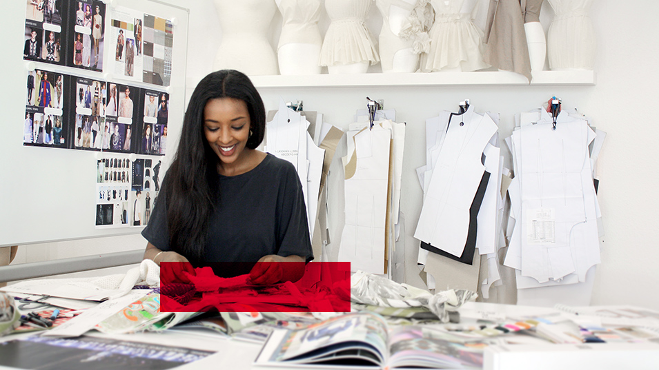 Staatl gepr fte r designer in mode modeschule for Mobeldesigner ausbildung