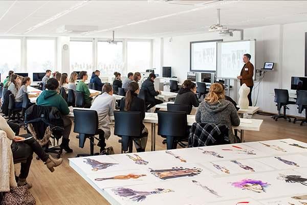 Infoveranstaltung Meisterschule Mode Manuel Fritz